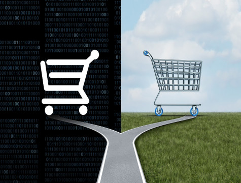 Black Friday Shopping: 75% in regular stores and 25% online user/common.seoImage